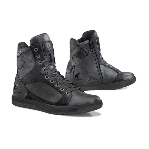 Forma Hyper Urban Boots